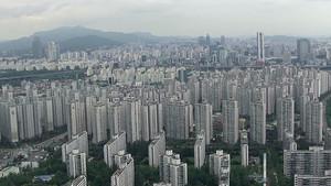 서울 아파트값 떨어진 단지 늘었다... 2억이상 떨어진 단지 상당수